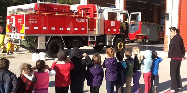 Image of the Yarra Junction Kindergarten kids at the Hillcrest Fire Station