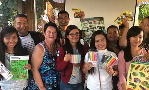 Cire donates to a Bali school for education supplies
